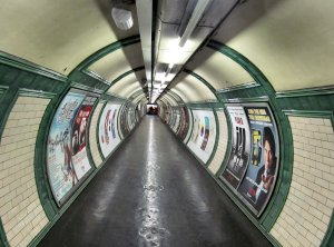 So here it is, the year's final London image on this photoblog; the connecting passage between the Bakerloo and Northern Lines at Embankment Tube station...:).
