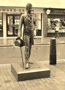 The 2002 statue of Beau Brummell by Irena Sedlecka in Jermyn Street
